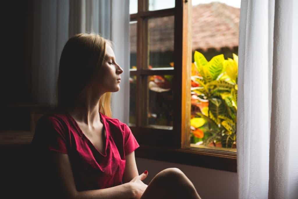 Dealing With Anxious Mind : 5 Powerful Ways To Relax Your Mind