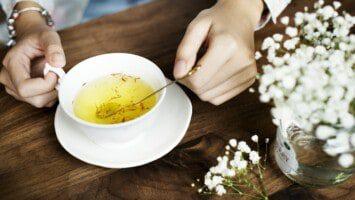 white tea leaves