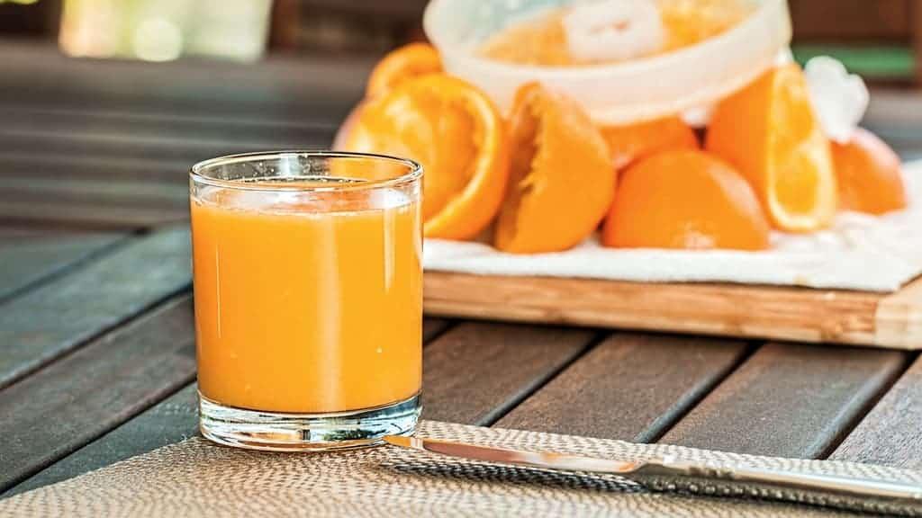 orange and orange juice