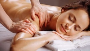 Massage therapy to relieve heel pain