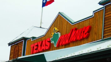 Texas Roadhouse CEO